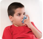 Image of child with asthma care device